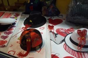 Sklep włókienniczy kapelusze czapki