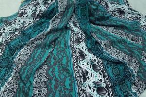Sklep włókienniczy tkanina turkusowo-szaro-biała