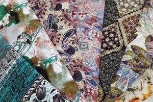 Sklep włókienniczy tkanina różne wzory i kolory