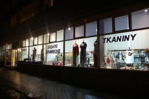 Sklep włókienniczy witryna sklepu