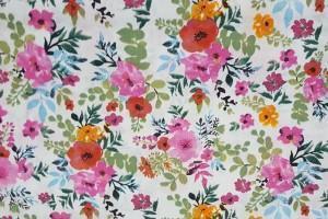 Sklep włókienniczy materiał w kolorowe kwiatki