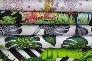 Sklep włókienniczy tkanina w kolorowe listki